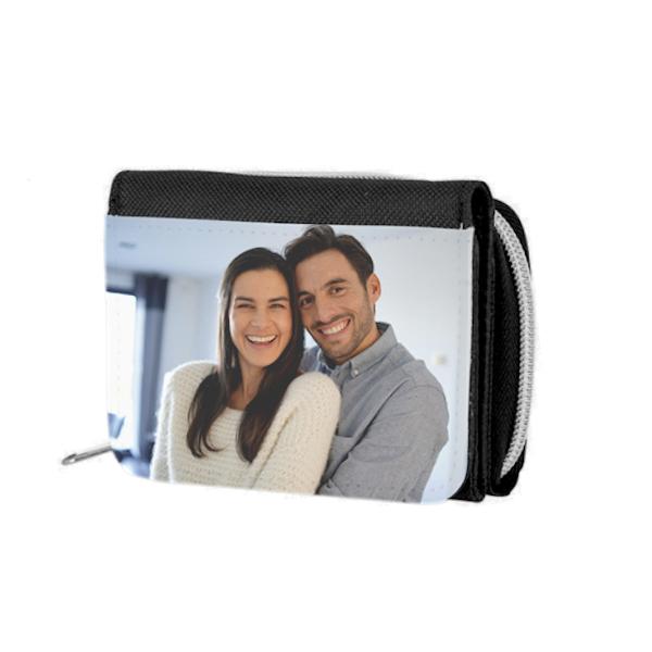 προσωποποιημένο πορτοφόλι σε μαύρο χρώμα
